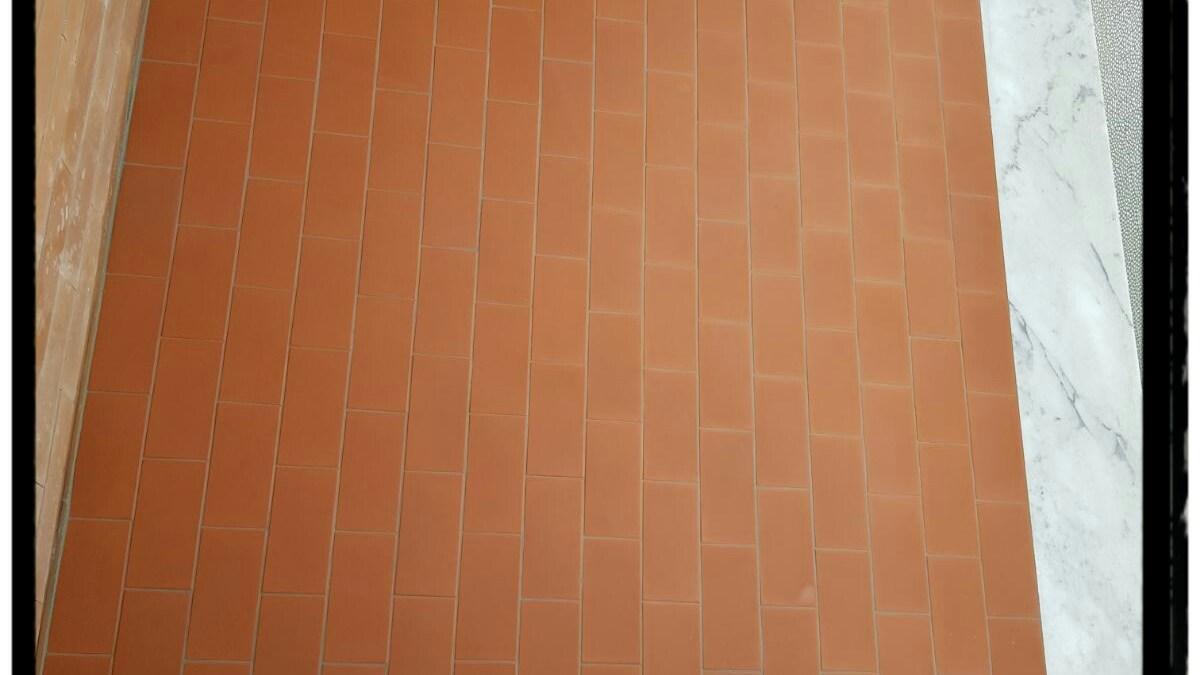 Soglia Marmo Porta Ingresso copertine per balcone in marmo bianco carrara – mar.gra
