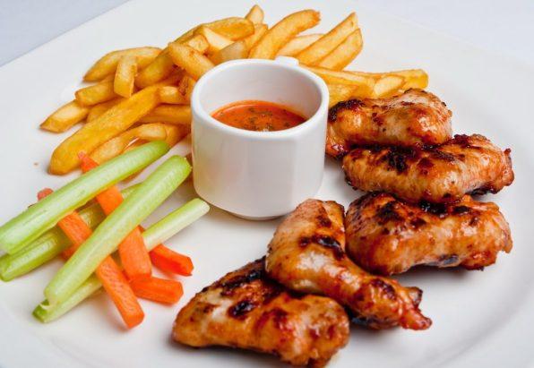 poulet frites legumes