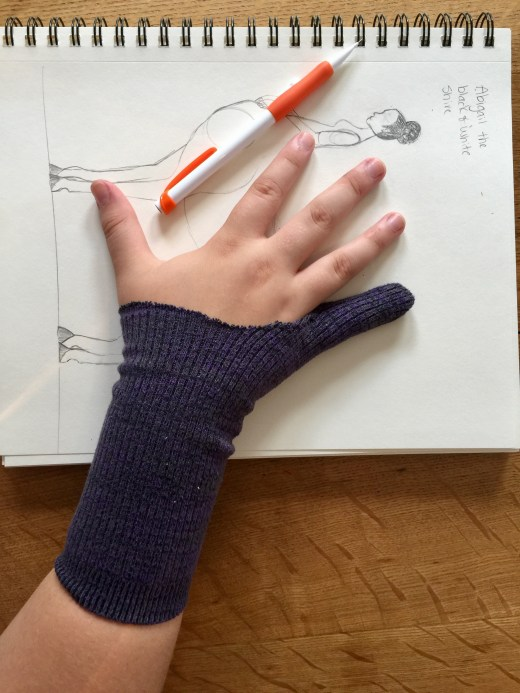 DIY Smudge Guard Gloves