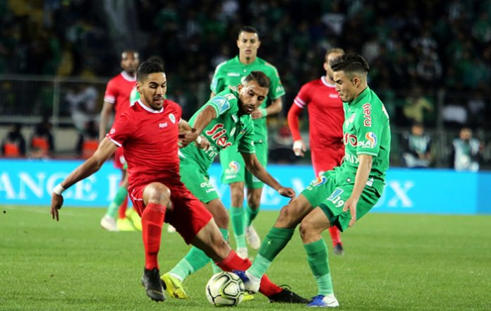 The Raja of Casablanca and the Mouloudia of Oujda back to back ...