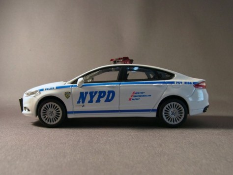 Greenlight Ford Fusion NYPD