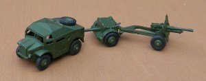 Dinky_697_Morris_and_trailers_pic2_small