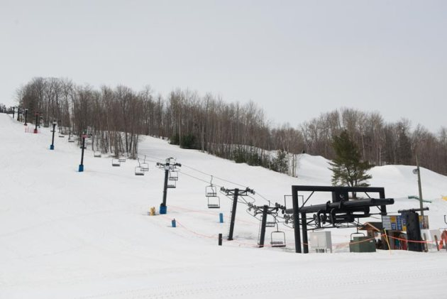 marquette_mountain_snowfield_run_photo