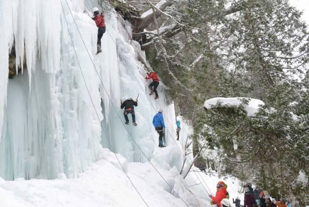 michigan-ice-festival-climbing-curtains-marquette-magazine-photo