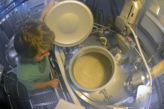 nick-vancourt-checks-mash-ore-dock-brewery-photo