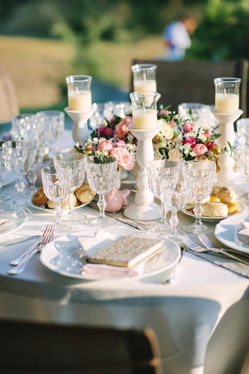elegant-tableset-Tuscany-Italy