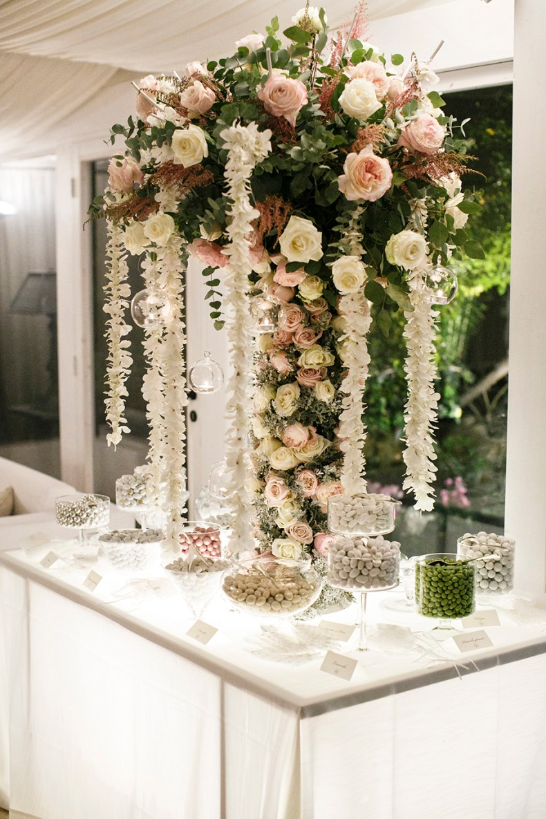 confetti-corner-winter-wedding-Puglia