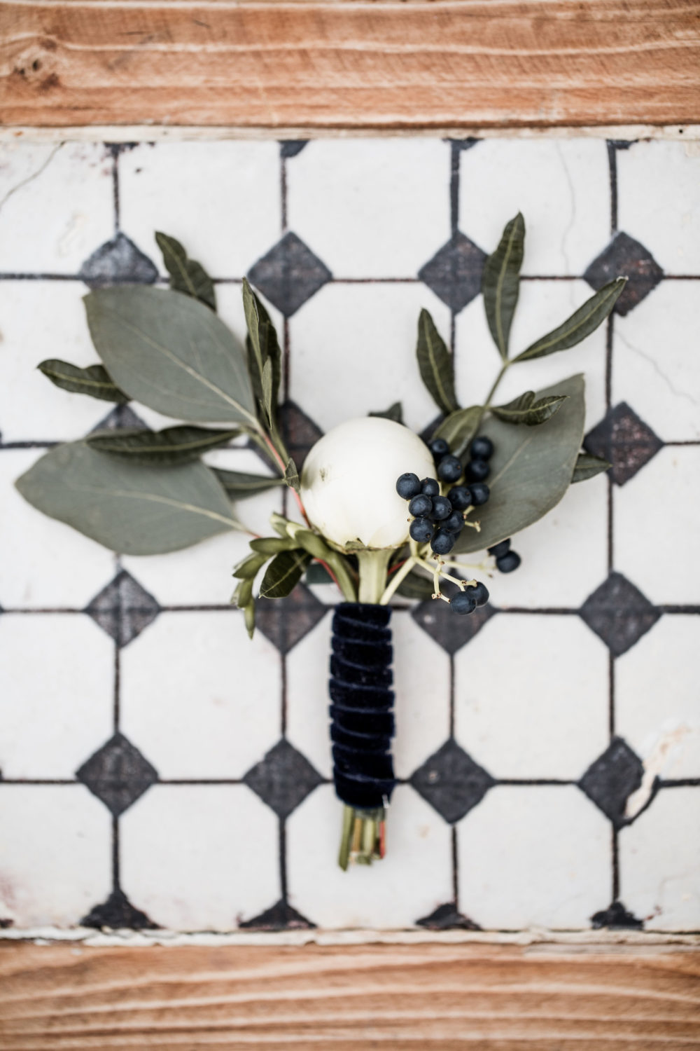 Boutonniere-groom-details