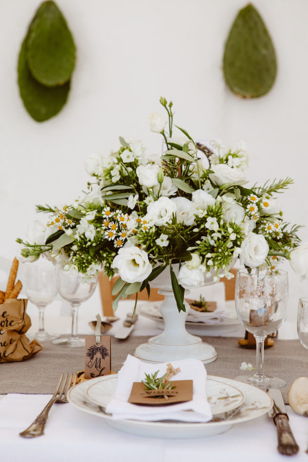bucolic-centerpiece-Puglia-wedding