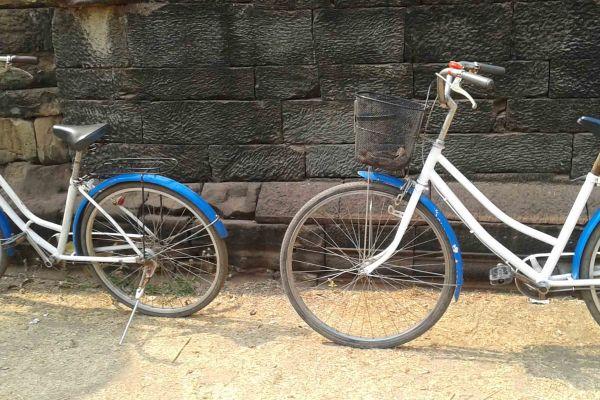 Siem Reap White Bicycles