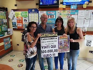 """Non c'è due senza tre! Da """"Cartomania"""" vinti 500.000€ al Gratta e Vinci"""