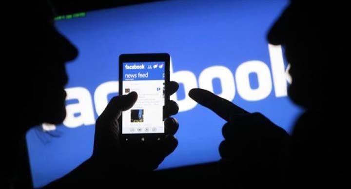 Diffamò il sindaco su Facebook, condannata una sessantenne