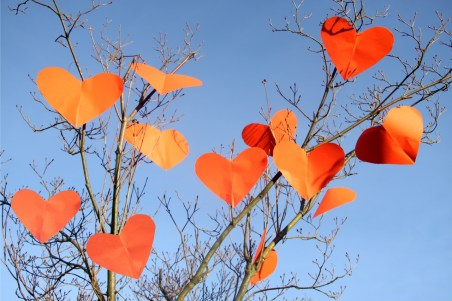 hearts-in-a-tree