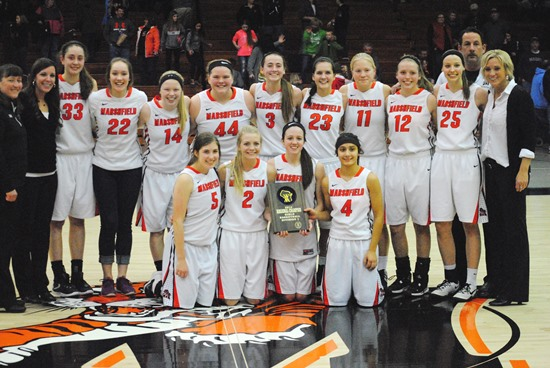 Marshfield Girls Basketball Edges Eau Claire North For WIAA Division 1 Regional Title