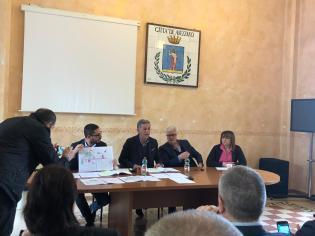 CONF. STAMPA RIDOLFI PIERLEONI SU MERCATO 26 APR. 2019 (9)