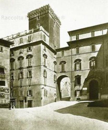 PalazzoDelGrilloConSovrappassoe torre com'era