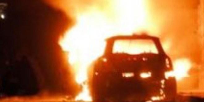 auto in fiamme castrovillari