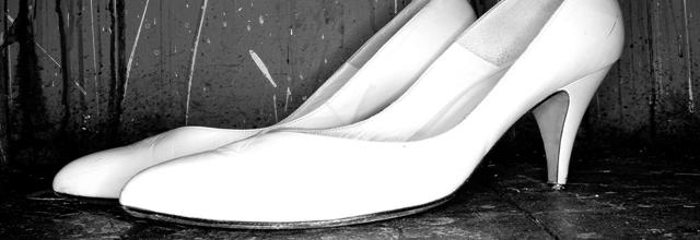 buty białe obcasy szpilki czółenka klasyczne