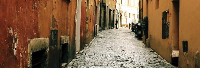 kamieniczki ulica dom chodnik zaułek