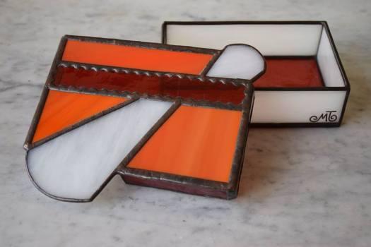 Scatola colorata di vetro