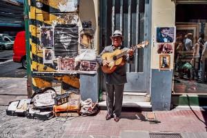 Pouliční umělci v bohémské čtvrti San Telmo – Buenos Aires, Argentina [Mart Eslem]