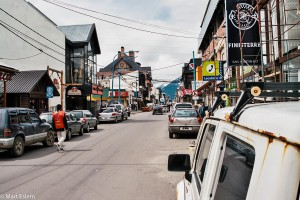 Avenida San Martin v Ushuaia – Ushuaia, Argentina [Mart Eslem]