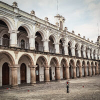 Palacio de Los Capitanes Generales, Parque Central, Antigua Guatemala (Mart Eslem)