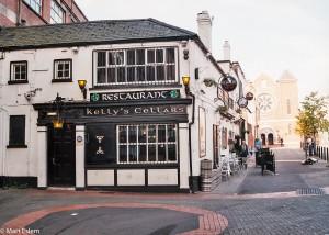 Kelly´s Cellars je nejstarší hospůdkou v Belfastu (Mart Eslem)