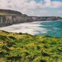 Členité pobřeží Severního Irska (Mart Eslem)