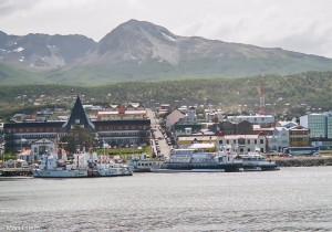 Ushuaia - pohled přes vlny Beagle Channel(Mart Eslem)