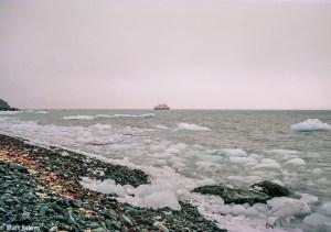 Ledové kry komplikovaly návrat na loď(Mart Eslem)