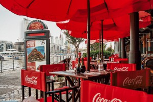 Restaurace v Puerto Madero v Buenos Aires –Buenos Aires, Argentina [Mart Eslem]