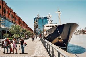 Promenáda v Puerto Madero – Buenos Aires, Argentina [Mart Eslem]