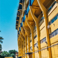 Strmé tribuny stadionu La Bombonera v Buenos Aires – La Bombonera, Boca Juniors, Buenos Aires, Argentina [Mart Eslem]
