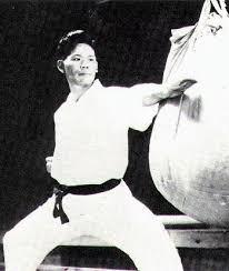 Yoshitaka Funakoshi - biografia gichin funakoshi