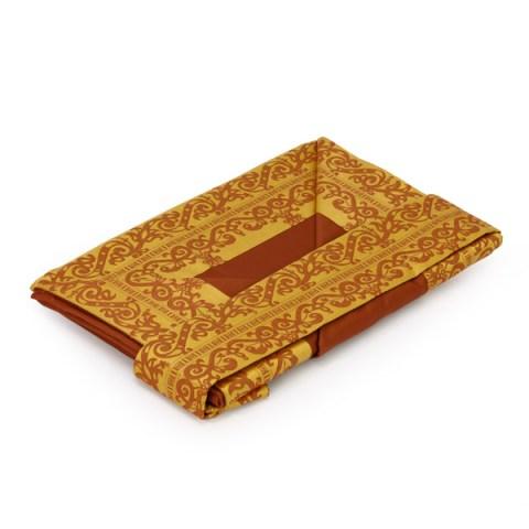 Coppia lenzuola in raso ruggine con balza disegnata