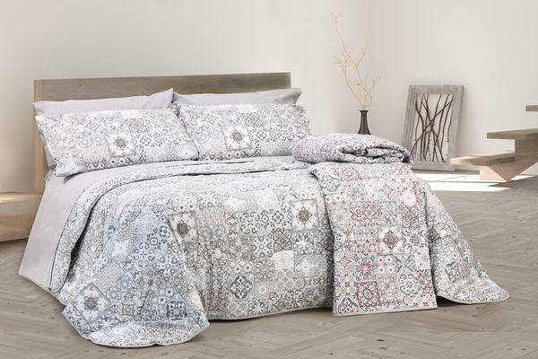Coordinato letto con disegno Maiolica Tortora in puro cotone Granada