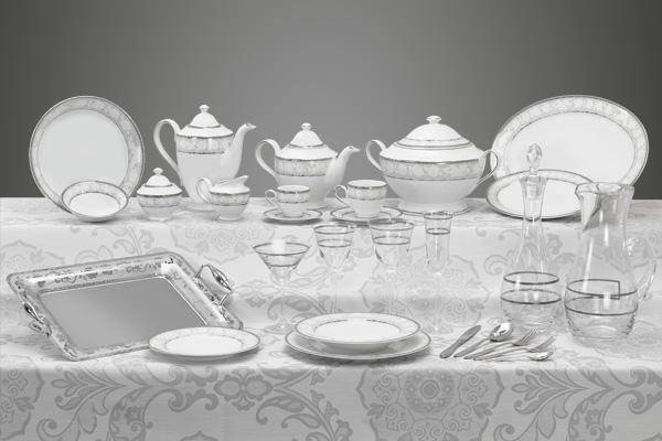 Coordinato piatti bicchieri e vassoi con decoro argento Angeli
