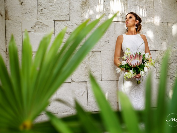 Destination bride portraits at Blue Diamond Luxury Boutique Hotel Wedding, Mexico. Martina Campolo Photography