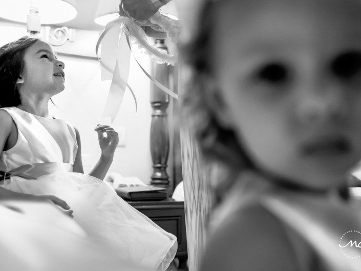 Flower girls getting ready at Now Sapphire Riviera Cancun, Mexico. Martina Campolo Photography