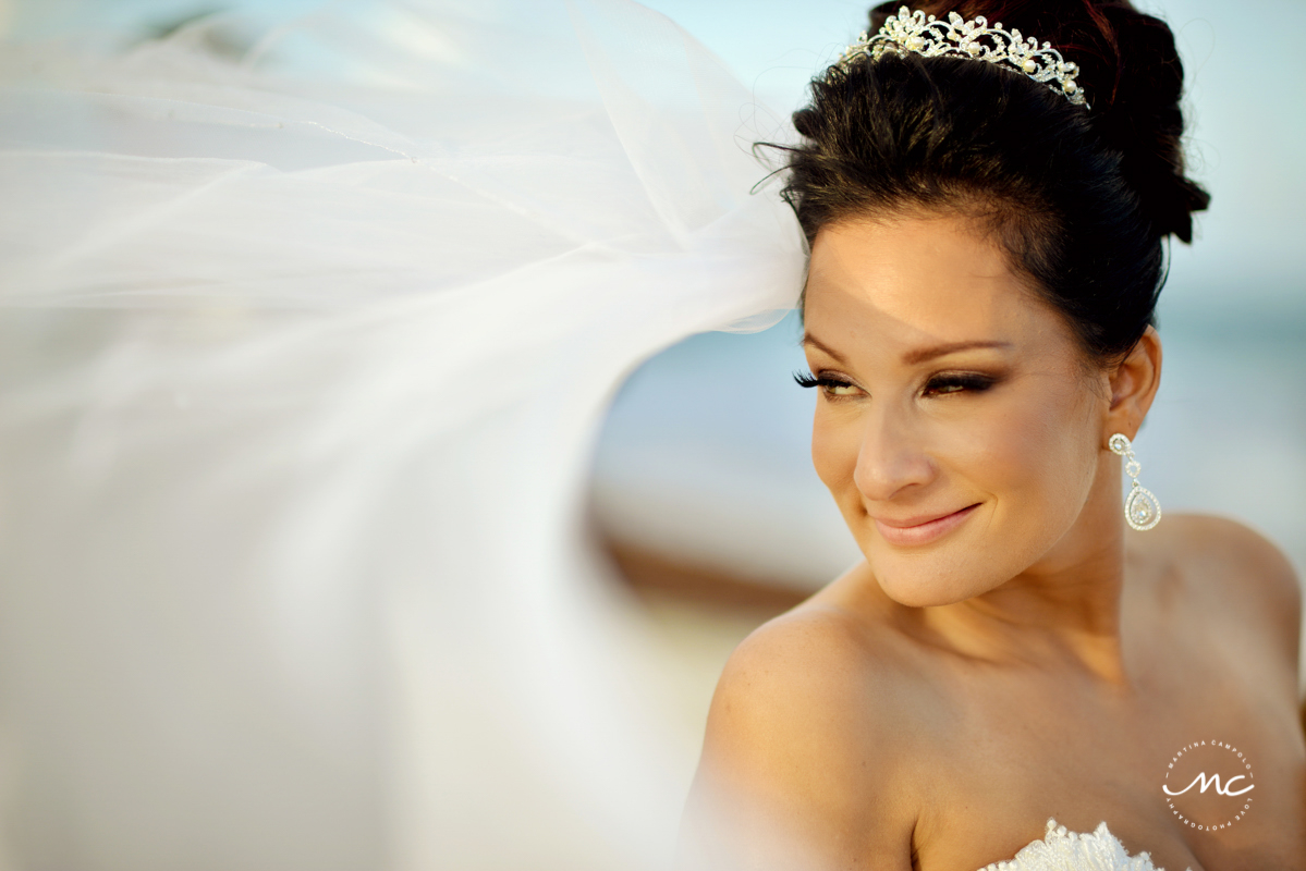 Beach bride portraits at Now Sapphire Riviera Cancun, Mexico. Martina Campolo Destination Wedding Photography