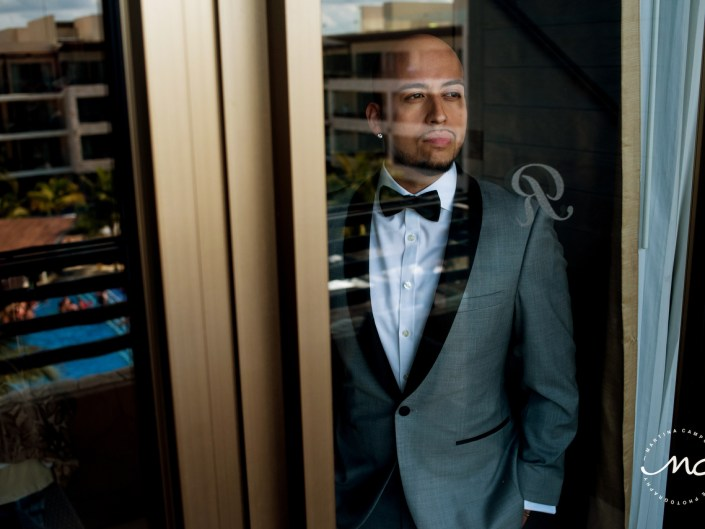 Groom ready. Royalton Riviera Cancun Gay Wedding in Mexico. Martina Campolo Photography