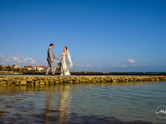 Wedding photos on pier at Hacienda del Mar, Riviera Maya, Mexico. Martina Campolo Photography