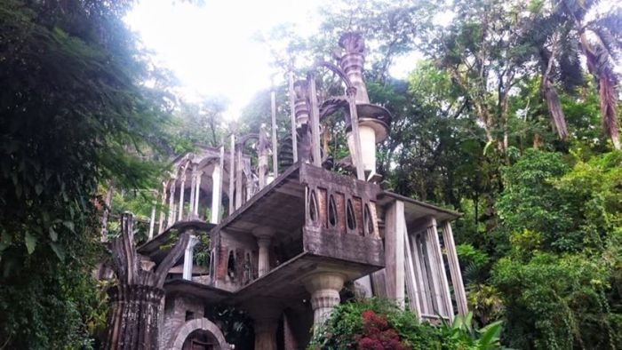The entrance to Las Pozas