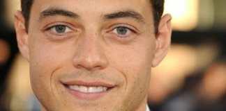 Rami Malek en el estreno mundial de Larry Crowne en Hollywood, California.. Fuente: Wikipedia. Autor: Sleepindaroof