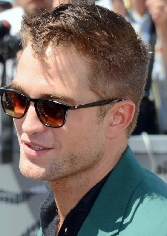 Robert Pattinson en el 2014 en Cannes. Fuente: WIkipedia. Autor: Georges Biard