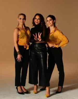 Chenoa vuelve a poner de moda los stilettos con su último single