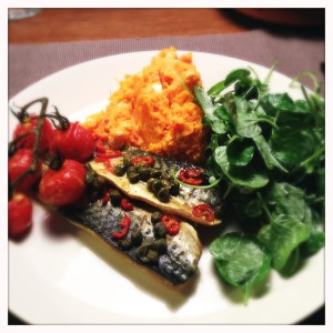 Makreel in de oven met mosterd en kleine trostomaatjes - Mackerel in the oven with mustard and small cherry tomatoes