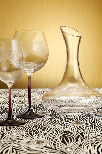 Dragon Decanter & Wine Glasses