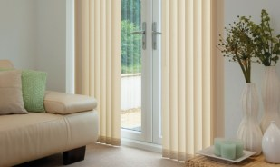 northampton blinds vertical cream